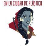Lápices de colores en la ciudad de plástico